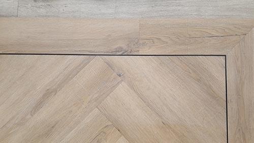 Pvc Vloeren Lelystad : Pvc vloeren in visgraatvorm dino tapijt